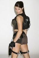 Comment fabriquer un costume de Lara Croft en cinq